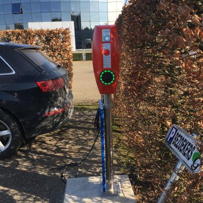 Installatie laadpaal op Euro Gijbels